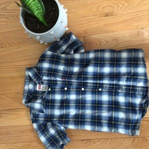 Boys Levi's plaid shirt